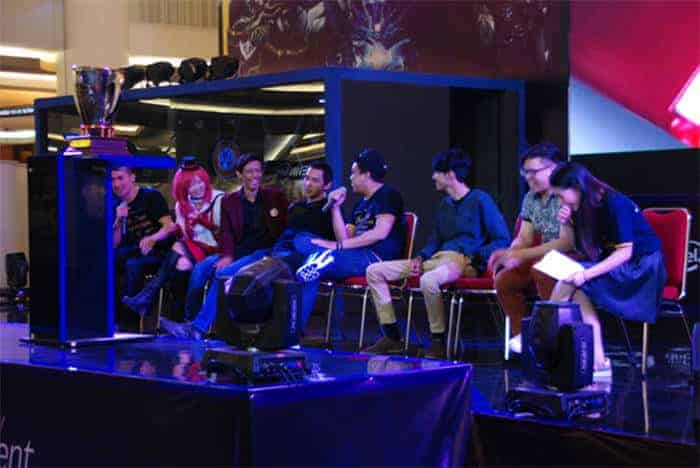world of gaming grand finale 2016 public figure