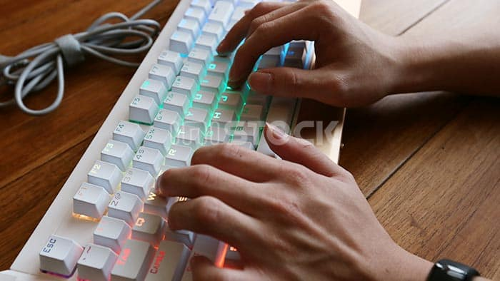 hp-gk300-mechanical-keyboard-cover-review.jpg-(13)