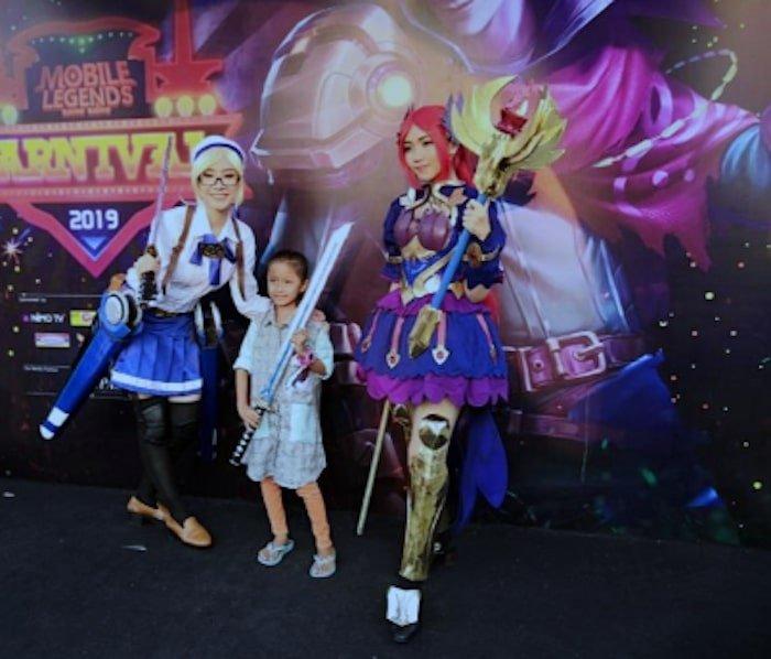 mobile legends bang bang carnival 2019 bekasi cosplayers