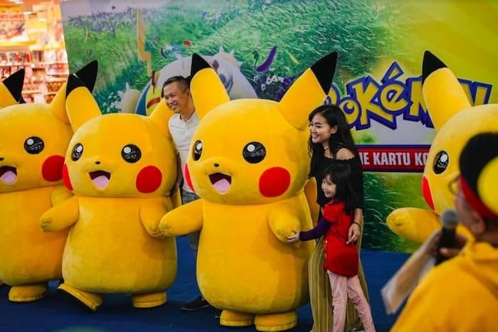 pokemon tcg family photo